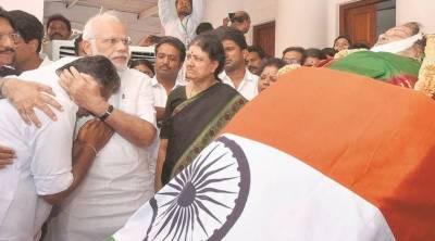 بھارت ، چنائے میں ہزاروں افراد کا جے للیتا کو خراج تحسین