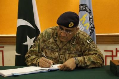 آرمی چیف جنرل قمر باجوہ سے برطانوی جوائنٹ آپریشنز کے کمانڈر کی ملاقات