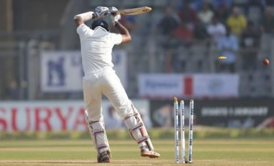ممبئی ٹیسٹ: بھارت کی انگلینڈ پر 51 رنز کی برتری
