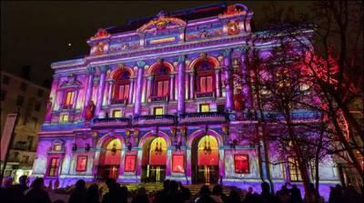 فرانس میں سالانہ فیسٹیول آف لائٹس کاآغاز