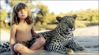 جنگل میں دس برس جانوروں کے ساتھ رہنے والی بچی