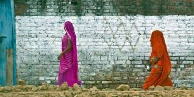بھارت میں خواتین سے زیادتی کی بڑی وجہ ٹوائلٹ نہ ہونا ہے : امریکی رپورٹ