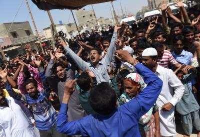 کراچی میں ایک بار پھر ایم کیو ایم پاکستان اور ایم کیو ایم لندن کے کارکن آمنے سامنے