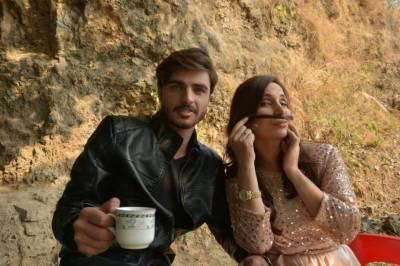 """مسکان جے نے میوزک ویڈیو میں ارشد خان """"چائے والا"""" کو سائن کرلیا"""