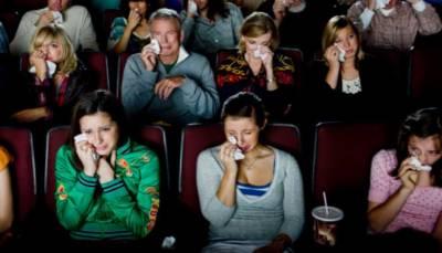 فلمیں دیکھتے ہوئے رونا اصل میں کیا ظاہر کرتا ہے؟
