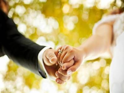 میاں بیوی کی عمر میں کتنا فرق ہو تو شادی کامیاب ہونے کا امکان زیادہ ہوتا ہے؟تحقیق سے جواب مل گیا