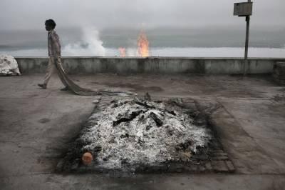 پشاور کے ہندو مردے جلانے کے بجائے دفن کرنے پر مجبور