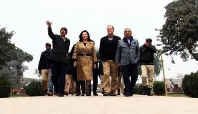 دنیا بھر میں امن کا مشن لے کر امریکی جوڑا پاکستان پہنچ گیا