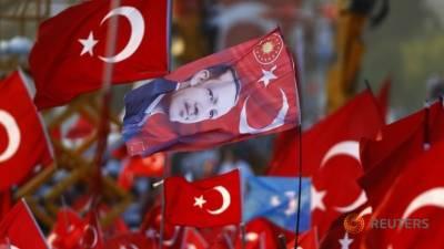 ترکی: ناکام بغاوت میں ملوث مزید 6000 عہدیدار برطرف