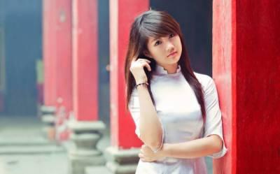 سی پیک کے اثرات یا کچھ اور؟ پاکستان میں سڑکوں پر کھلے عام چینی خواتین....?