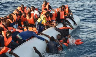 تارکین وطن کا بحران : لیبیا میں کشتی الٹنے سے 100افراد لاپتہ