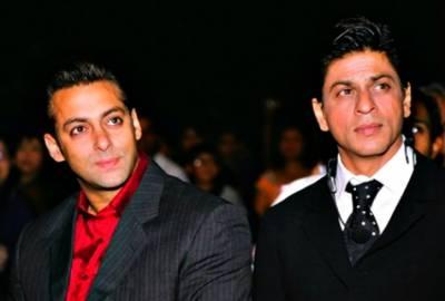 """فلم """"دھوم 4"""" میں ویلن کون ہو گا : سلمان خان یا شاہ رخ؟"""