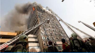 ایران میں آگ لگنے سے عمارت منہدم، 30سے زائد فائر فائٹرز ہلاک