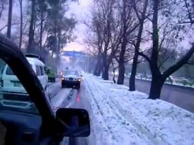 موسم کی خبر دینے والوں نے بالائی علاقوں میں مزید برفباری کا امکان ظاہر کردیا