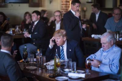 ٹرمپ کا پرانا فون و ائٹ ہاﺅس اورصدردونوں کے لیے خطرہ قرار