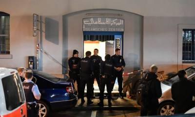 کینیڈاکےشہرکیوبیک سٹی میں مسجدمیں فائرنگ،5نمازی شہید