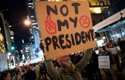 ٹرمپ کی امیگریشن پالیسی کےخلاف دنیا بھر میں مظاہرے جاری
