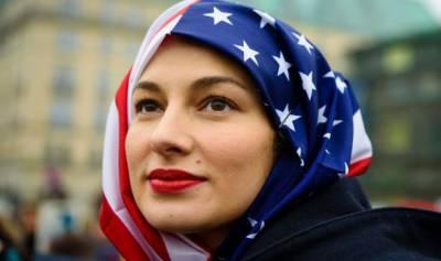 عالمی یوم حجاب ' نیویارک میں امریکی پرچم کا حجاب باندھ کر مسلم وغیرمسلم خواتین کی شرکت