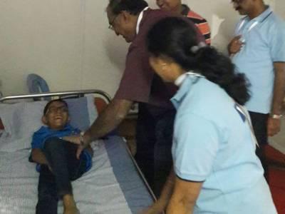 سریش رائنا کے زوردار چھکے نے6 سالہ پرستار کوہسپتال پہنچا دیا