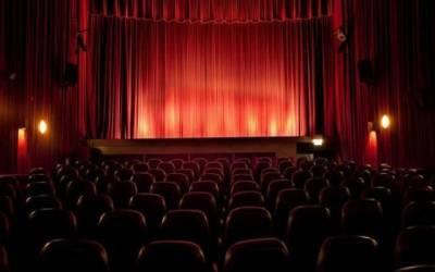 اب پاکستان میں بھی موبائل سینما چلے گا!