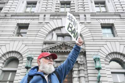ویزا پابندی، سان فرانسسکو کی عدالت کا کوئی حکم جاری کرنے سے گریز