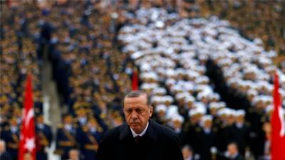 ترکی میں سرکاری ملازمین کے خلاف بڑا ایکشن