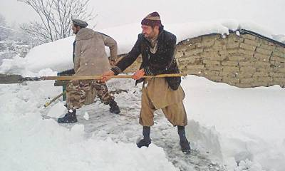 گلگت بلتستان میں برفباری کا سلسلہ بدستور جاری،ریسکیو ٹیمیں متاثرہ گاؤں سے واپس آگئی