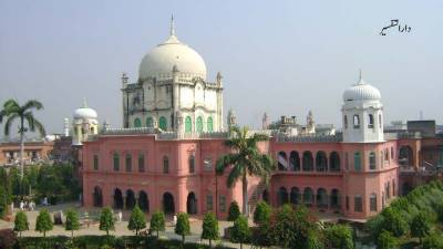 بھارت،دارالعلوم دیو بند کےباوجود دیوبند کے مسلمانوں میں تعلیم کی کمی