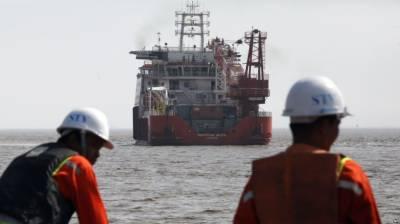 ملائیشیا کا جہاز روہنگیا کے مسلمانوں کےلیے امداد لے کر پہنچ گیا
