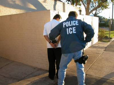 واشنگٹن: دستاویز نہ رکھنے والے امیگرینٹس کیخلاف بڑا کریک ڈاؤن شروع