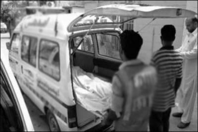 کراچی میں ایک اور خونی حادثہ ، تیز رفتار ٹینکر کار پر چڑھ دوڑا،بچے،3خواتین سمیت5افراد شدید زخمی
