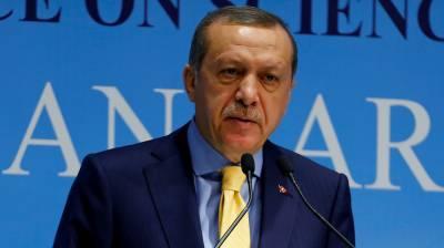 ترکی: صدر کے اختیارات میں اضافے کیلئے ریفرنڈم کرانے کا اعلان