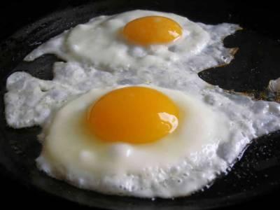 گرمی کی شدید ترین لہر سے انڈے تلے جانے لگے