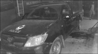 ڈیرا اسماعیل خان میں پولیس وین پر فائرنگ سے 5 اہلکار شہید