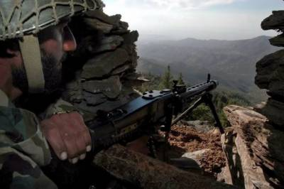 پاک فوج کی سرحدی علاقے میں پھر کارروائی، 20دہشتگرد ہلاک