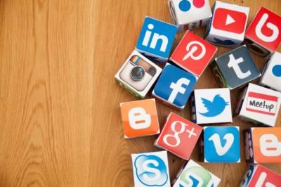 سوشل میڈیا وزن کم کرنے میں مددگار: نئی تحقیق