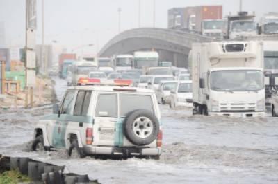 سعودی عرب میں بارشوں نے تباہی مچا دی