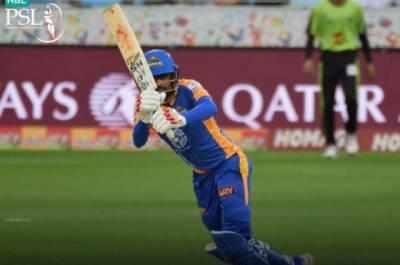 کراچی کنگز نے سسنسنی خیز مقابلے کے بعد لاہور قلندرز کو شکست دے دی