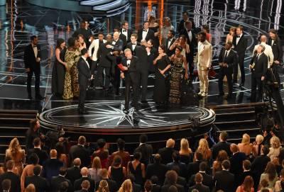 آسکر ایوارڈز، اس سال کی بہترین فلم لا لا لینڈ نہیں مون لائٹ ہے