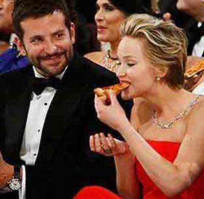 آسکر ایوارڈز کی تقریب میں فلمی شخصیات کیا کھاتی ہیں؟
