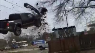 18 سالہ چور نے تیز رفتار ٹرک ہوا میں اڑا دیا
