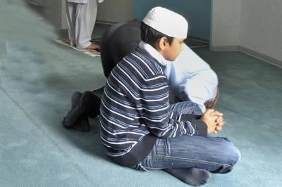 جرمن اسکول نے مسلمان طلبا کے نماز پڑھنے پر پابندی لگادی