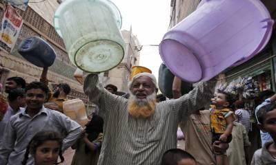 کراچی کا 80 فیصد پانی ناقاقبل استعمال،سپریم کورٹ نے ایم ڈی واٹر بورڈ کو ہٹانے کا حکم دیدیا