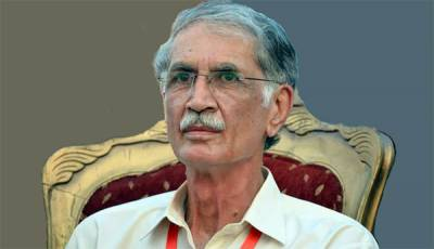 پشاور: وزیراعلیٰ پرویز خٹک کا پشاورزلمی کیلئے 2کروڑ انعام کا اعلان