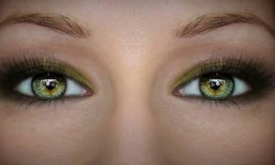 لوگ آنکھیں کیوں چراتے ہیں ؟ماہرین نے اہم وجہ بتا دی!
