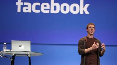بانی فیس بک مارک زکربرگ کو 12سال بعد ڈگری مل گئی