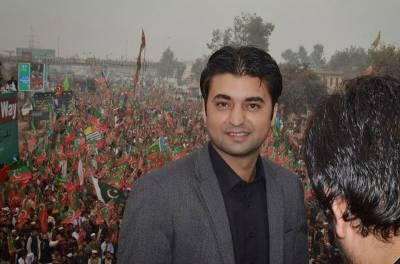 سیاسی حریف ایک بار پھر لڑ پڑے:پارلیمنٹ کی لابی میں جاوید لطیف اور مراد سعید کے درمیان تلخ کلامی