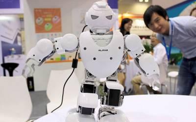 چین میں 800کمپنیاں روبوٹ تیار کرتی ہیں