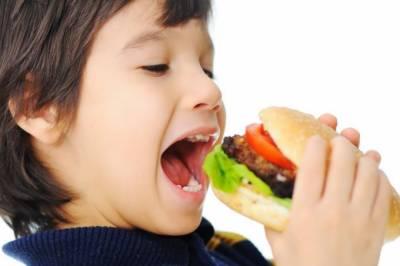 کھانا اچھی طرح چبا کر کھانے سے مختلف بیماریوں سے محفوظ رہا جاسکتا ہے