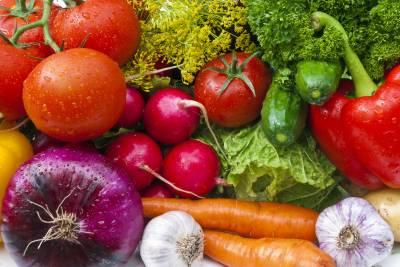 آلو ، پیاز ، ٹماٹر کی قیمتوں میں اضافہ ہوگیا،حکومت نے عوام پر مہنگائی کا پہاڑ گرا دیا